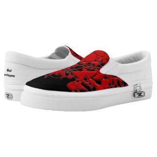 Rote Squiggles auf Schwarzem Slip-On Sneaker