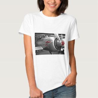Rote Stern-Yak 52 Hemden