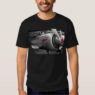 Rote Stern-Yak 52 T Shirts