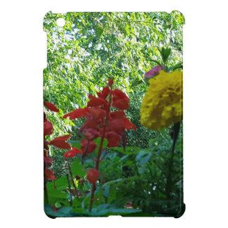 Rote und gelbe Blumen-Fotografie im Freien iPad Mini Hülle