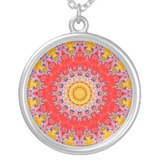 Rote und gelbe Mandala der Leidenschafts-III Versilberte Kette