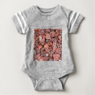 Rote vulkanische Felsen-Bodendecke Baby Strampler