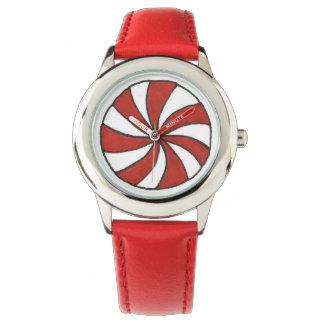 Rote weiße armbanduhr