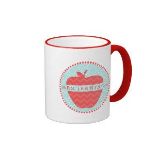 Rote Zickzack Apple-Lehrer Quatrefoil Tasse