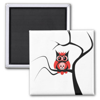 Rote Zuckerschädel-Eule im Baum-Magneten Quadratischer Magnet