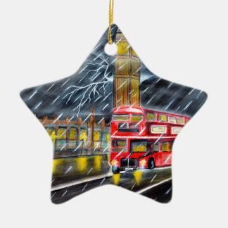 Roter Bus im London-Nachtregen Keramik Stern-Ornament