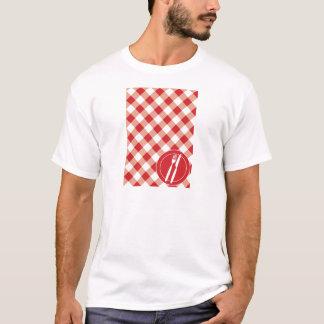 Roter Gingham u. Tischbesteck T-Shirt