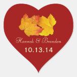 Roter Herz-Herbstlaub-personalisierter Hochzeits-A