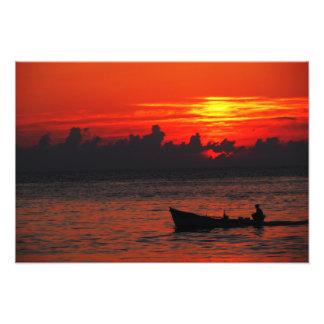 Roter Himmel - blaue Hoffnung Fotodruck