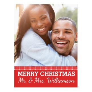 Roter karierter frohe Weihnacht-Herr u. Frau Foto Postkarte