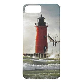 roter Leuchtturm mit riesiger Welle iPhone 8 Plus/7 Plus Hülle