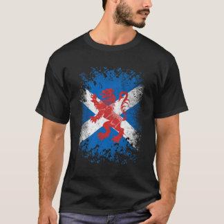 Roter Löwe-zügellose und schottische Flagge T-Shirt