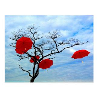 Roter Regenschirm-Baum Postkarten