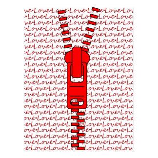 Roter Reißverschluss mit Liebe Postkarte