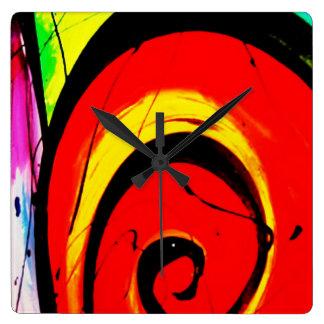Roter Strudel-abstrakte Kunst Quadratische Wanduhr