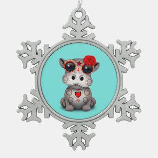Roter Tag des toten Baby-Flusspferds Schneeflocken Zinn-Ornament