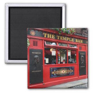 Roter Tempel-Bar Pub in quadratischem Magneten Quadratischer Magnet
