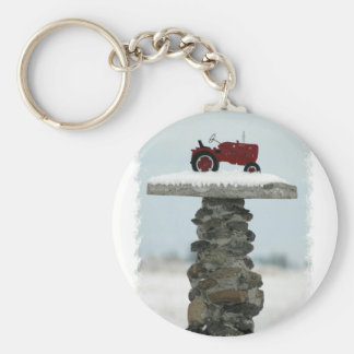 Roter Traktor-Knopf Keychain Schlüsselanhänger