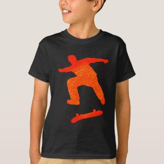 Roter Tre drehen um T-Shirt