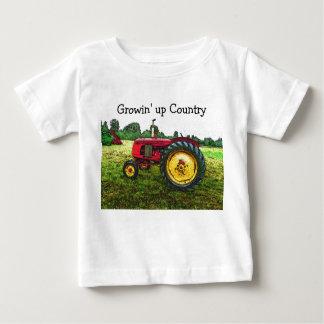 Roter und gelber Ackerschlepper Baby T-shirt