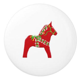 Roter und grüner Dala Pferdefach-Zug Keramikknauf