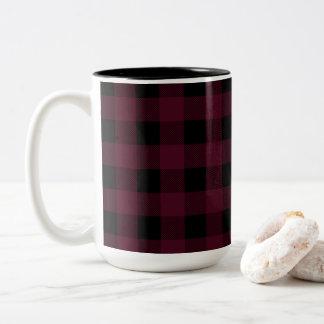 Roter und schwarzer Büffel kariertes | wählen Ihre Zweifarbige Tasse