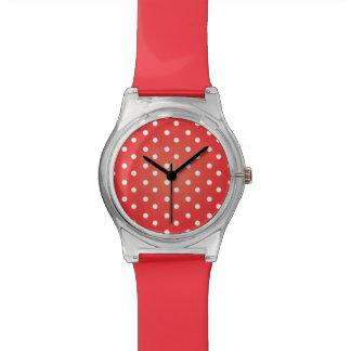 Roter und weißer Punkt Uhr