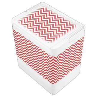 Roter und weißer Zickzack Stripes Zickzack Muster Kühlbox