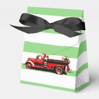 Roter Vintager Feuer-LKW Geschenkschachtel
