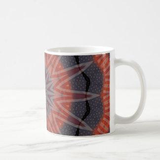 Roter, weißer u. blauer Fraktalmusterentwurf Kaffeetasse