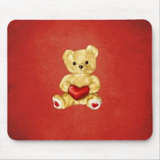 Rotes Herz, das niedlichen Teddy-Bären Hypnotizing Mousepad