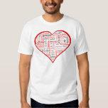 Rotes Herz voll der Liebe in vielen Sprachen T Shirts