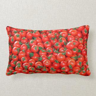 Rotes Kirschtomate-Muster Zierkissen