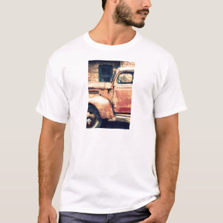 Rotes LKW-Wrack T-Shirt