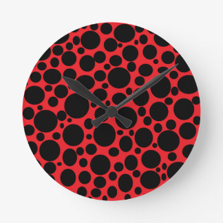 Rotes Meer der schwarzen Blasen-Uhr