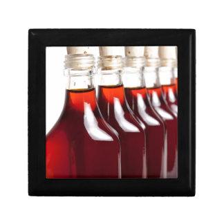 Rotes Öl Geschenkbox