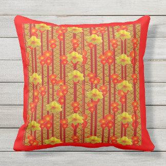 Rotes u. gelbes Blumen Deko-Muster Kissen