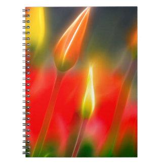 Rotes und gelbes Tulpe-Glühen Notizblock