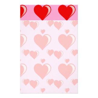 Rotes und rosa Herz-Valentinstag-Muster Büropapiere