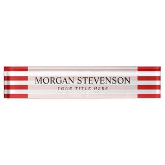 Rotes und weißes Streifen-Muster Namensplakette