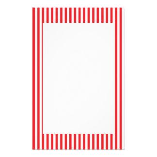 Rotes und weißes Streifen-Muster Personalisiertes Büropapier