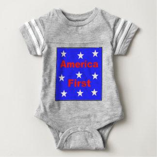 """Rotes, weißes und blaues """"Amerika zuerst"""" entwirft Baby Strampler"""