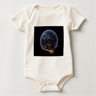 rottpupinearth Hand Baby Strampler