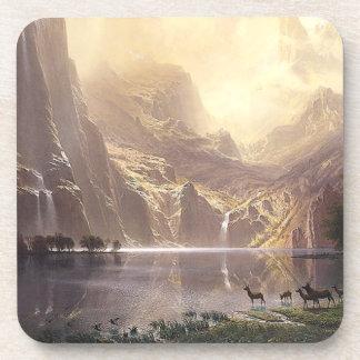 Rotwild-Waterfall See-Sierra Wildnis-Untersetzer Untersetzer