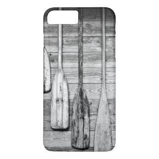 Ruder werden an hölzerne Halle in großer Zypresse, iPhone 8 Plus/7 Plus Hülle