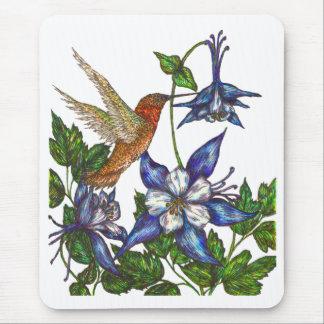 Rufous Kolibri mit Columbine Mousepad