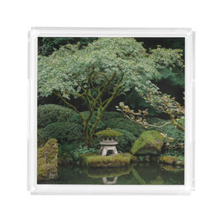 Ruhe an einem japanischen Garten Acryl Tablett