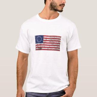 Rustikale amerikanische Flagge mit 13 Sternen T-Shirt