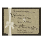 Rustikale Bogen-und Leinwand-Hochzeit Einladung