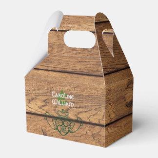 Rustikale Celtic Claddagh Holz-Beschaffenheit Geschenkschachtel